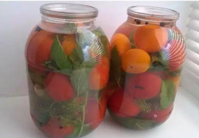 Пастеризованные помидоры на зиму