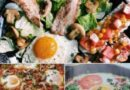 Яичница с помидорами, луком и грибами